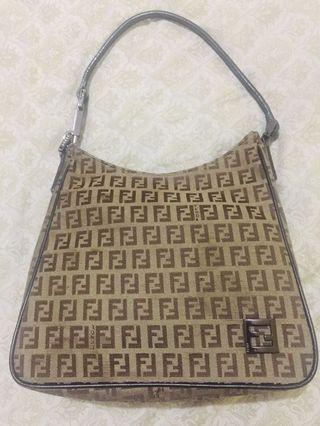 100% Aunthentic Fendi tote/shoulder bag