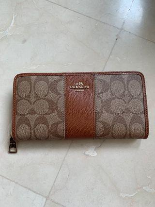 BNWT Coach Signature Leather Accordion Wallet