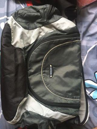 Out gear Sling bag