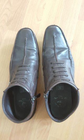 Santa Barbara men shoes
