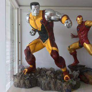 Sideshow Comiquette - Colossus 1:5 scale (repaired and repainted)