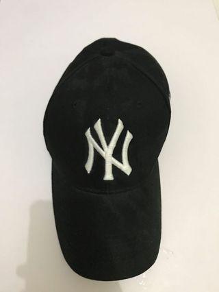 CAP ( TOPI ) NEW ERA NEW YORK BLACK