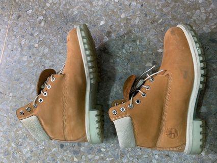 🚚 Timberlands 黃靴us9.5