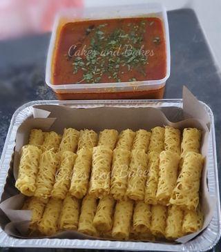50pcs Roti Kirai with Chicken Curry and raw salsa