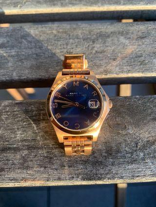 Marc Jacobs Rose Gold Watcn