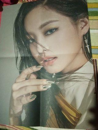 [WTS] Jennie KTL Poster Black Version