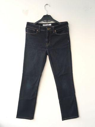 Uniqlo Skinny Fit Black Jeans