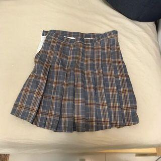 🚚 百折格紋短裙