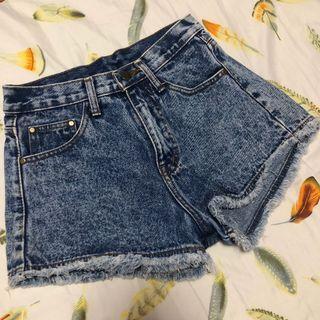 🚚 Acid Washed Denim Shorts