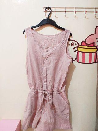 粉色連身褲