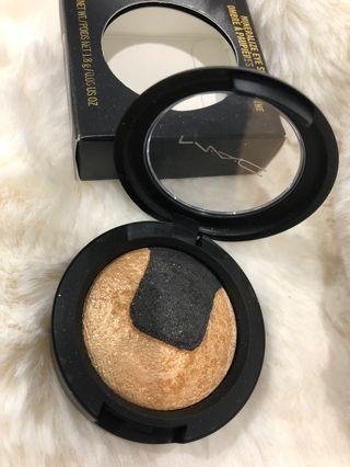 MAC Mineralize Eyeshadow - Shade 'Gilded Night'