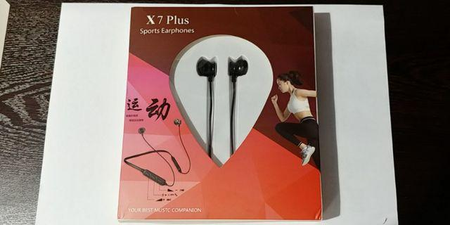 Bluetooth v4.2 earphone Super high battery capacity 250mAh 48 hours playing time 掛頸式藍牙耳機 48小時超長播放時間 送6粒耳套