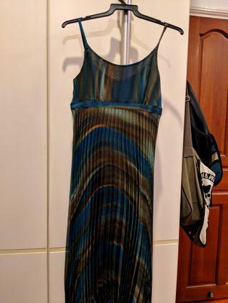 Tangs Midi pleated dress