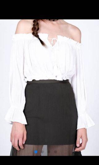 MDS Feliza Off Shoulder Top in white