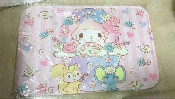 🚚 My Melody Carpet