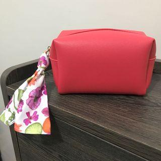 Estee Lauder Red Make-up Pouch