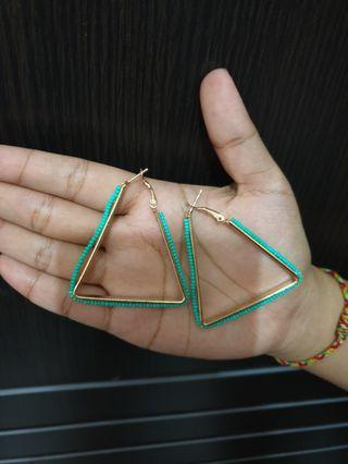 Triangle earring in tosca