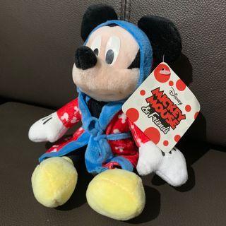 全新米奇mickey mouse公仔(未剪牌)