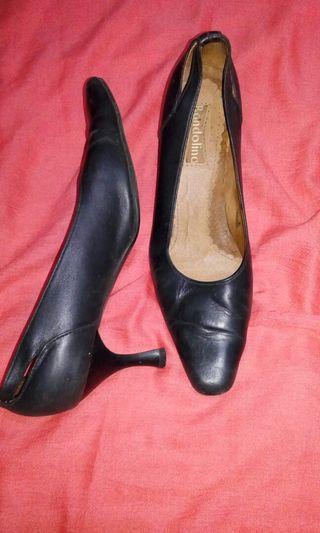 Bandolino Ladies Leather Shoes SIZE 6