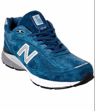 New Balance 990 v4 Suede Sneaker.Brand new.sealed box. Imported from USA.