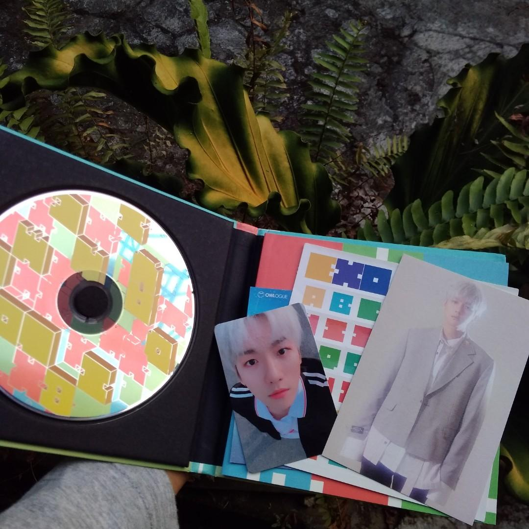 EXO CBX Album Blooming Days with Baekhyun photocard