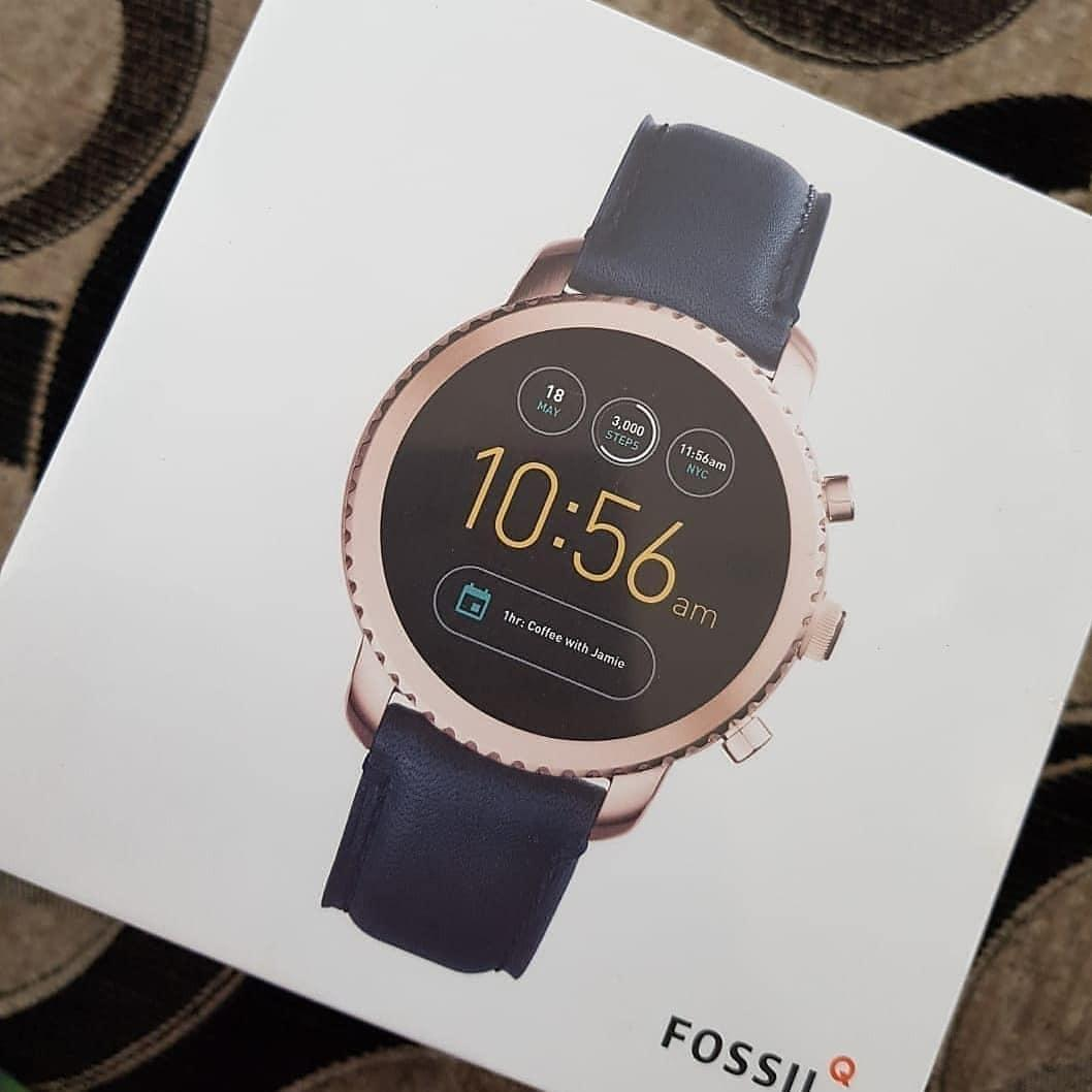 Fossil #FTW4002 Gen 3 Smartwatch Explorist Navy Leather , diameter 4.6CM