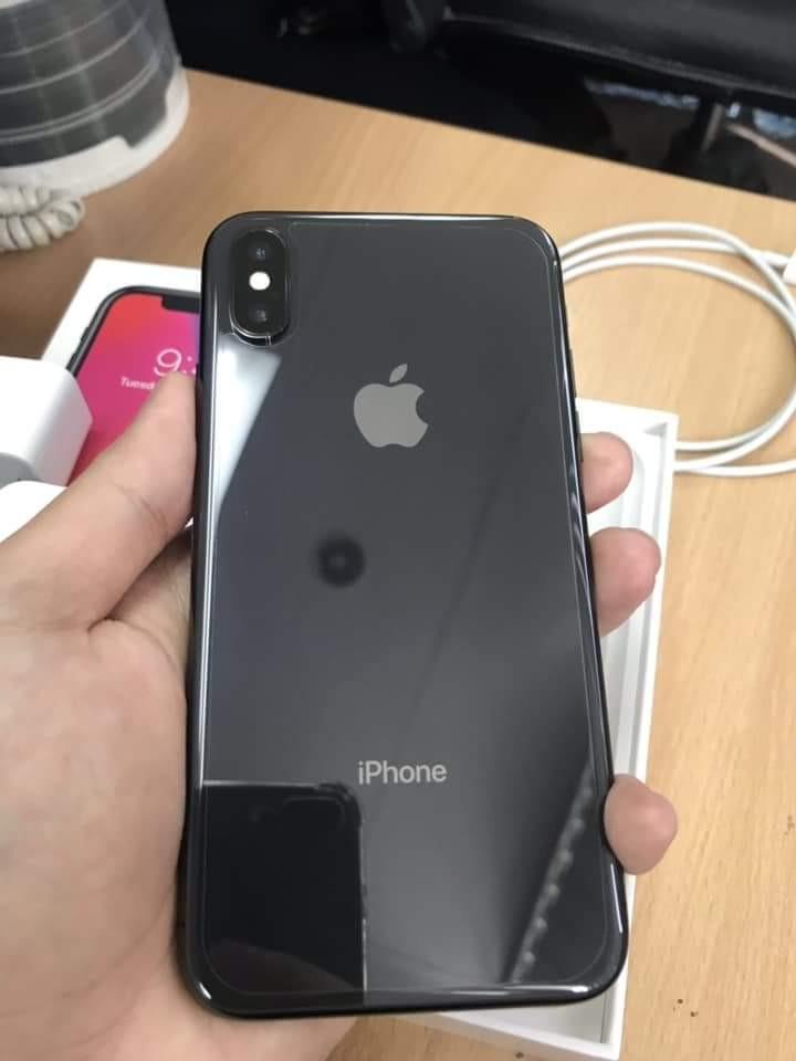 iPhone X (globelocked)