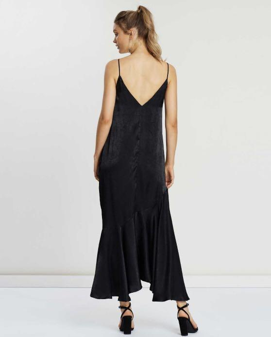 Scarlet Midi Dress
