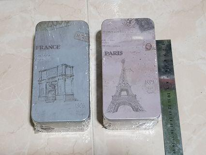 Metal tin paris france design