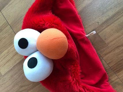 Elmo fleece hat - universal studio singapore