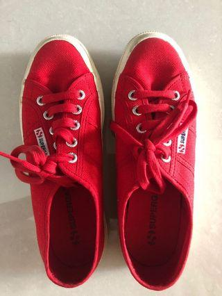 🚚 Casual shoes  Authentic Superga