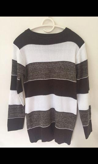 Knitted Brown Top size M