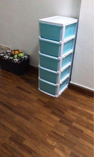 🚚 Move out sale - Chest of drawers