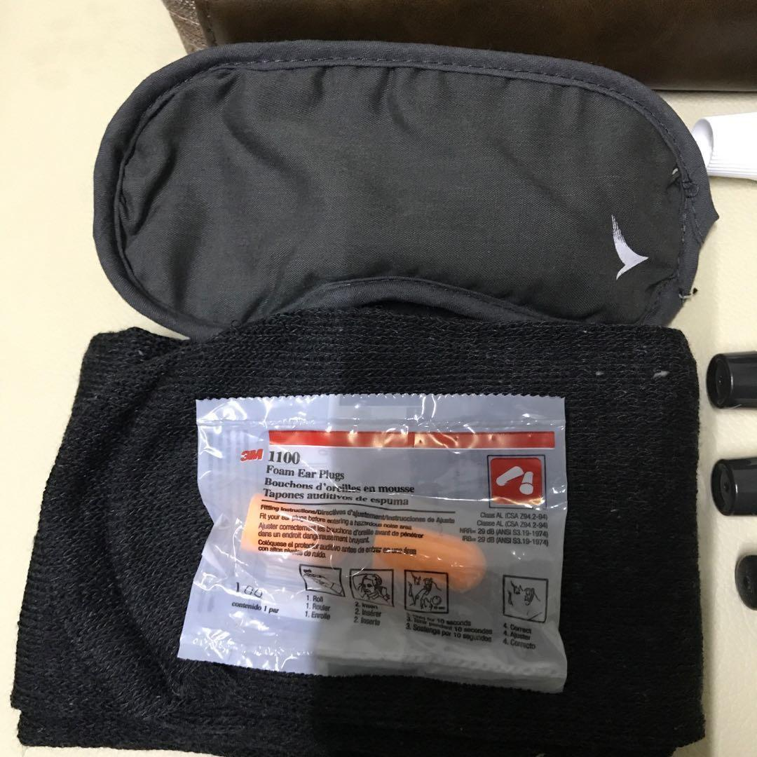 清貨❣️100%NEW❤️國泰航空商務客艙旅客包 化妝袋 萬用袋 crossover SEVENTY EIGHT PRESENT (2019 年版本)