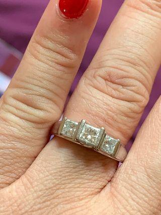 18k white gold three stone princess cut diamond rinf