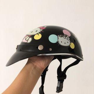 Authentic hello kitty helmet
