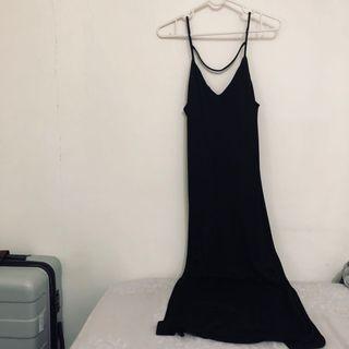 🚚 H&M 細肩帶背心長裙