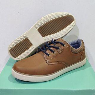 Clarks Tristan Kids shoes