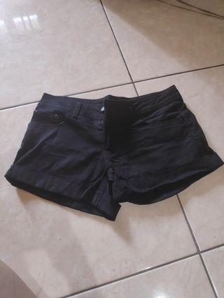 Nudie jeans / hot pants / celana pendek