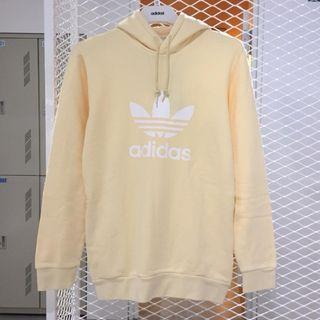 adidas Originals cw1243 鵝黃帽T