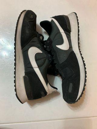 Nike air vortex black