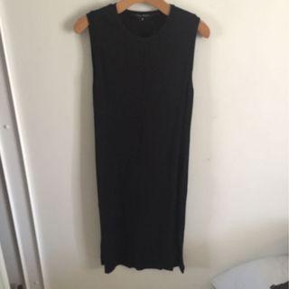 Midi dress with two side splits