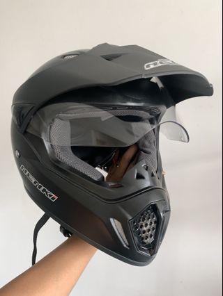 Helmet Nenki