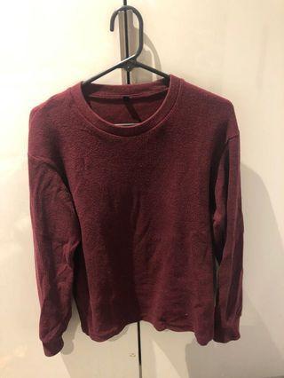 Uniqlo unisex size s maroon sweater