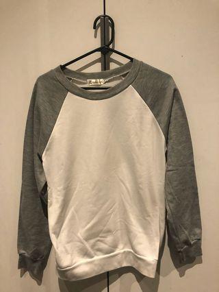 Super comfy brand new sweater