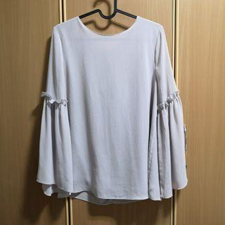 🚚 Grey Bell Sleeve Top