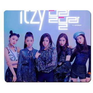 [PO] ITZY Group Mouse Pad Part 2