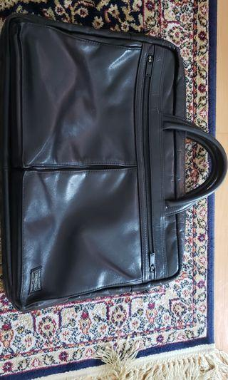 Porter two way bad suitcase black leather Japan tokyo enlarge compartment