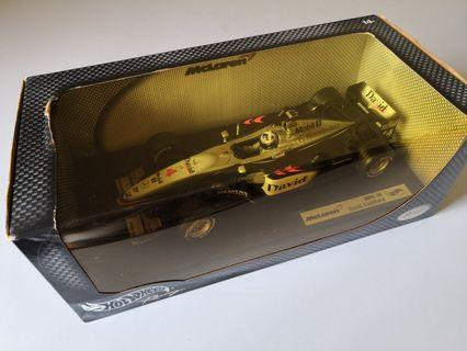 Hotwheels F1 1:18 McLaren Mercedes MP4-16 David Coulthard