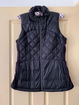 Lululemon vest -12=Aus 16 both vest